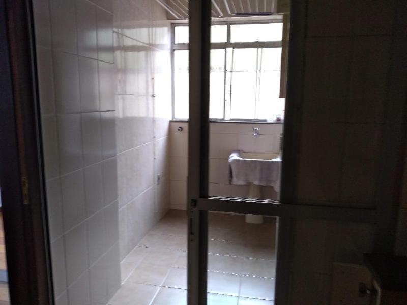 Apartamento com 3 dormitórios para alugar, 90 m² por R$ 1.800,00/mês - Santa Rosa - Belo Horizonte/MG Foto 12