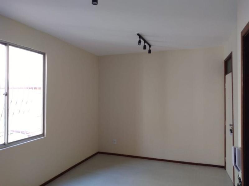 Apartamento com 3 dormitórios para alugar, 60 m² por R$ 750/mês - Sao Joao Batista - Belo Horizonte/MG Foto 5