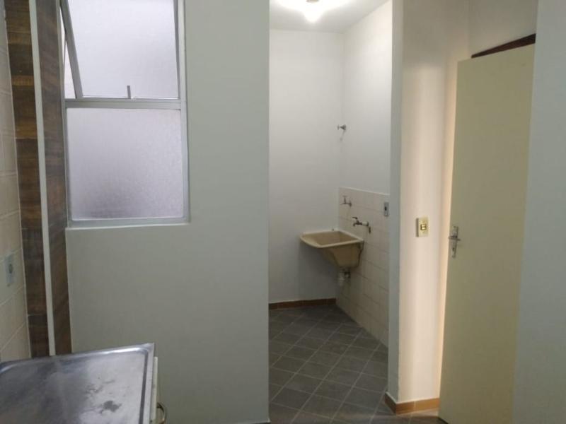 Apartamento com 3 dormitórios para alugar, 60 m² por R$ 750/mês - Sao Joao Batista - Belo Horizonte/MG Foto 17