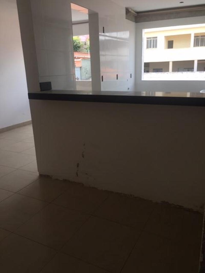 Apartamentos localizado em Sagrada Família. 3 quartos (1 suítes), 0 banheiros e 2 vagas. Foto 8