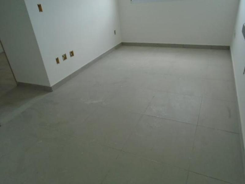 Apartamentos localizado em Heliópolis. 2 quartos (1 suítes), 0 banheiros e 2 vagas. Foto 3