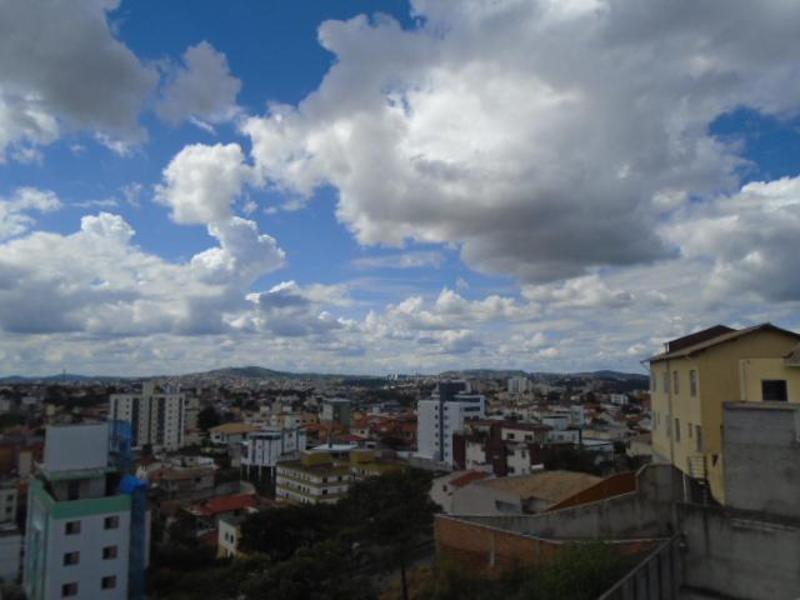 Apartamentos localizado em Heliópolis. 2 quartos (1 suítes), 0 banheiros e 2 vagas. Foto 13