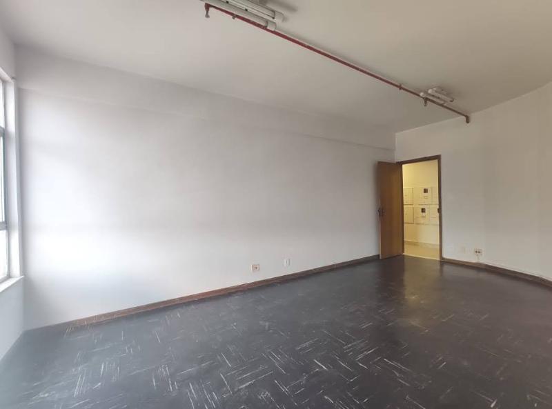 Sala localizado em Sagrada Família com área útil 22.91 m². Foto 2