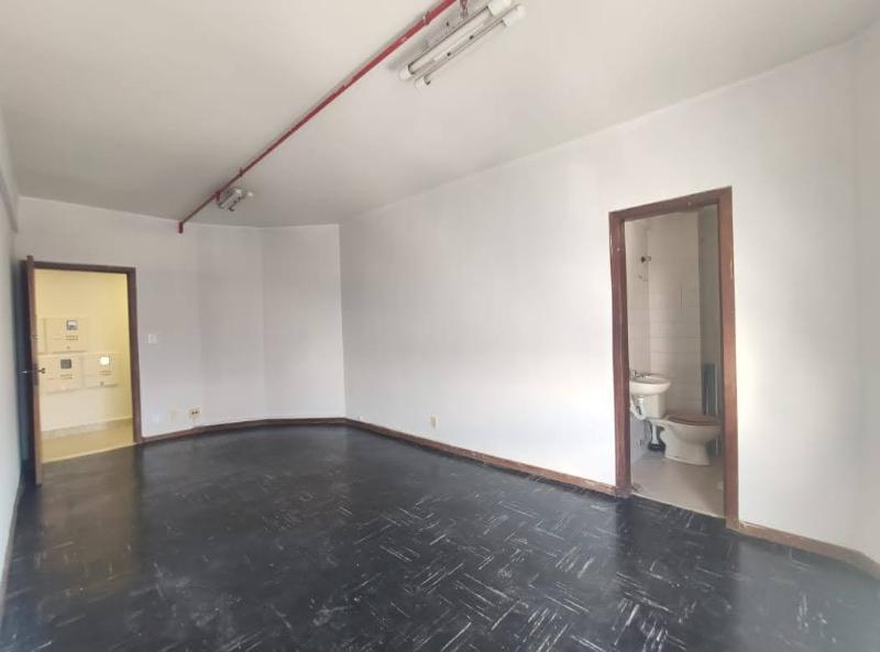 Sala localizado em Sagrada Família com área útil 22.91 m². Foto 4
