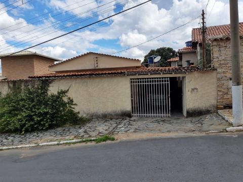 Foto Casa ampla à venda por R$ 530.000 - Idulipe - Santa Luzia/MG