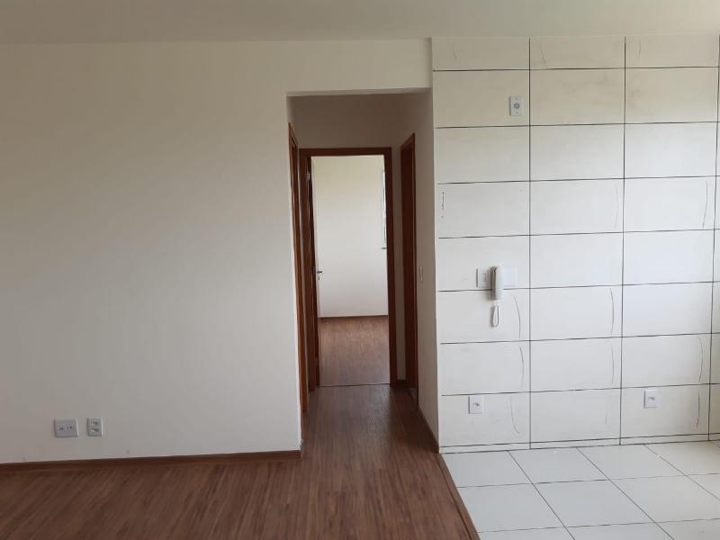Apartamento com 2 dormitórios à venda, 55,38 m² por R$ 180.000 - Novo Centro - Santa Luzia/MG Foto 2
