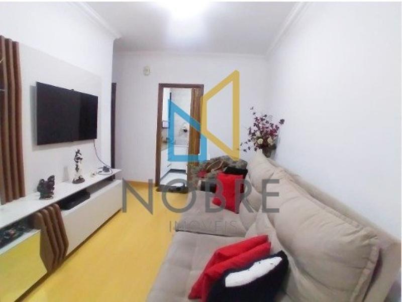 Apartamentos localizado em Bonsucesso (Barreiro). 2 quartos, 1 banheiros e 1 vagas. Foto 2