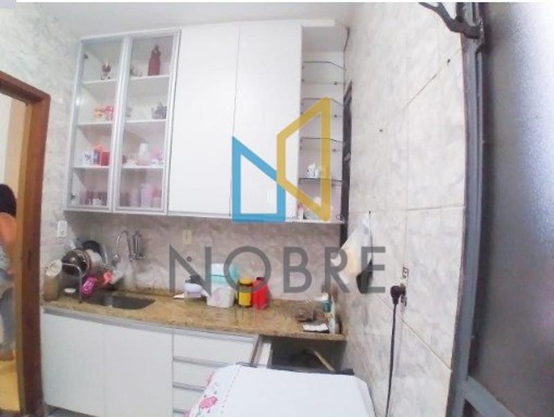 Apartamentos localizado em Bonsucesso (Barreiro). 2 quartos, 1 banheiros e 1 vagas. Foto 6