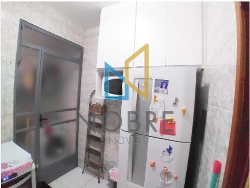 Apartamentos localizado em Bonsucesso (Barreiro). 2 quartos, 1 banheiros e 1 vagas. Foto 7