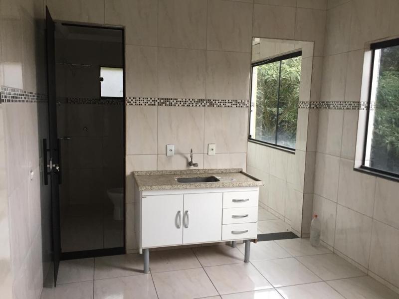 Um apartamento com 3 quartos, sala, cozinha, banheiro, área de serviço e garagem. Foto 32