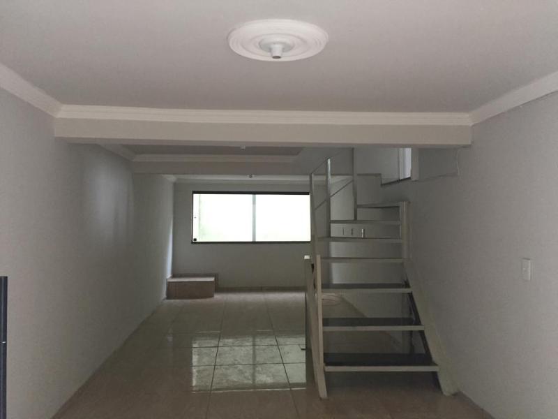 Um apartamento com 3 quartos, sala, cozinha, banheiro, área de serviço e garagem. Foto 44
