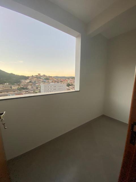 Foto Apartamento com 2 quartos, com 70 m². Próximo de supermercado e do centro da cidade. Valor R$1.500,00