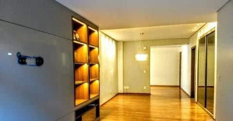 Foto Apartamento com área privativa localizado em Luxemburgo. 4 quartos (3 suítes), 4 banheiros e 3 vagas.