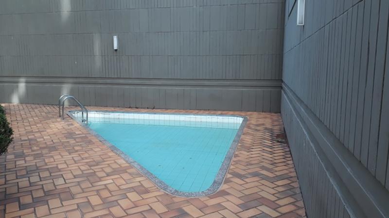Apartamento localizado em Sion. 4 quartos (1 suítes), 4 banheiros e 2 vagas. Foto 11