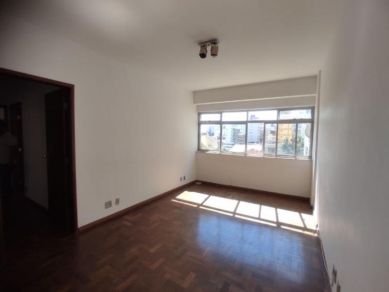 Apartamento localizado em Cidade Nova. 3 quartos (1 suítes), 3 banheiros e 1 vagas. Foto 1