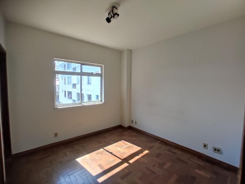 Apartamento localizado em Cidade Nova. 3 quartos (1 suítes), 3 banheiros e 1 vagas. Foto 3