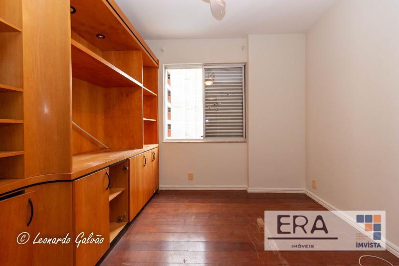Apartamento localizado em Sion. 4 quartos (1 suítes), 3 banheiros e 2 vagas. Foto 7