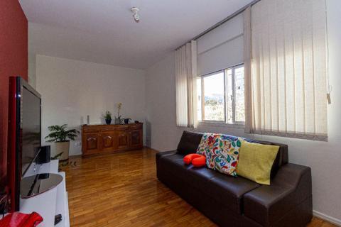 Foto Apartamento 4 qts, reformado no Bairro São Pedro