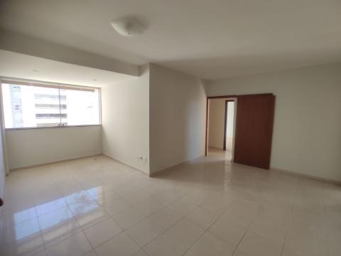 Foto Apartamento localizado em Coração De Jesus. 3 quartos (1 suítes), 3 banheiros e 2 vagas.