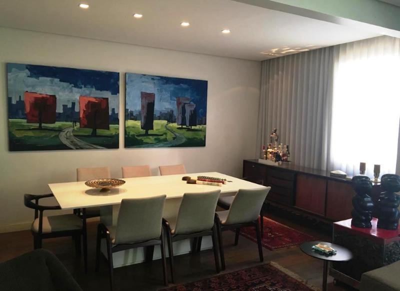 Apartamento localizado em Lourdes. 3 quartos (1 suítes), 2 banheiros e 2 vagas. Foto 4
