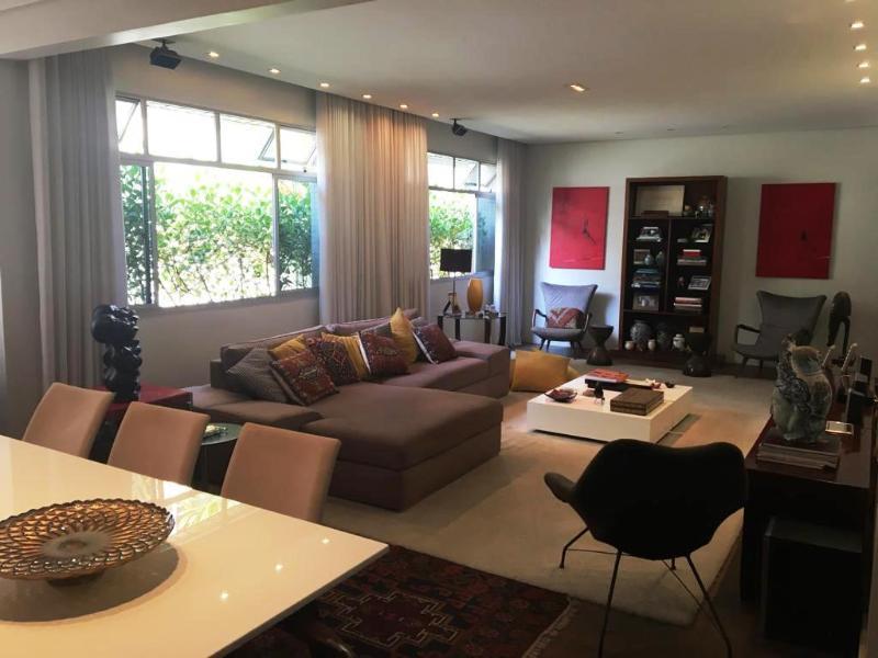 Apartamento localizado em Lourdes. 3 quartos (1 suítes), 2 banheiros e 2 vagas. Foto 6