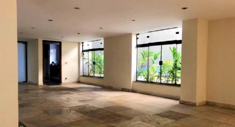 Apartamento 220m², com 4 quatros, 2 suítes, 2 semi-suítes, 3 vagas no bairro Serra! Foto 3