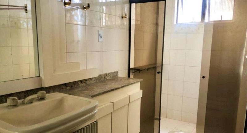 Apartamento 220m², com 4 quatros, 2 suítes, 2 semi-suítes, 3 vagas no bairro Serra! Foto 21