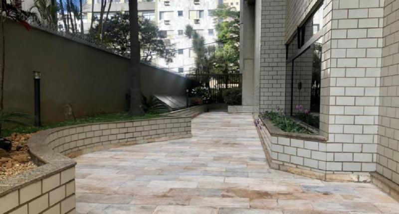 Apartamento 220m², com 4 quatros, 2 suítes, 2 semi-suítes, 3 vagas no bairro Serra! Foto 26